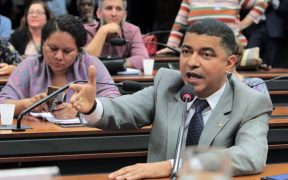 Bira solicita inclusão do Maranhão na concessão extra do seguro-defeso aos pescadores atingidos pelo vazamento do óleo no Nordeste